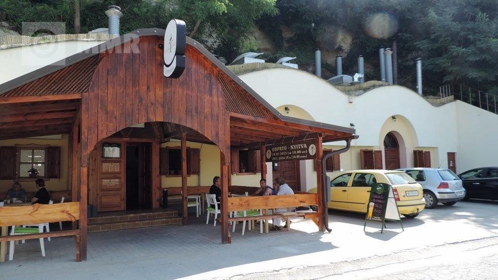 Csicsergő Étterem